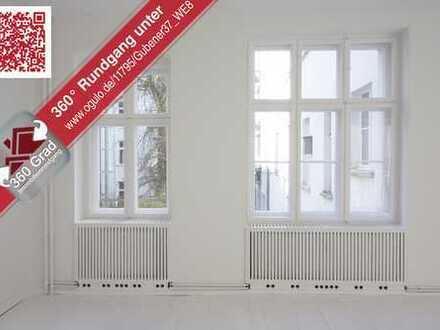 Bezugsfrei! Frisch sanierte 2,5-Zimmer-Altbau-Wohnung in Einzeldenkmal in Berlin-Friedrichshain!
