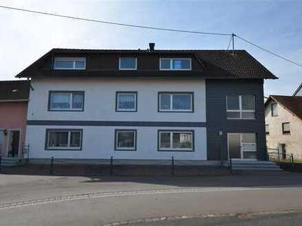 Schön geschnittene Eigentumswohnung 4 ZKB plus Abstellraum und Parkplatz Strohn (3)