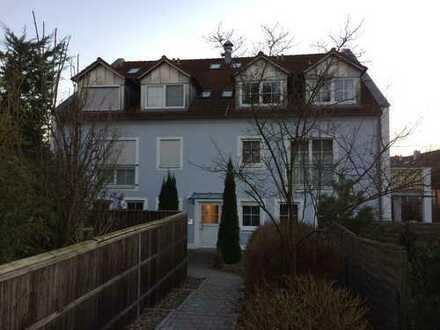 Gepflegte 2-Zimmer-Wohnung mit 2 Balkonen und EBK in Ingolstadt West
