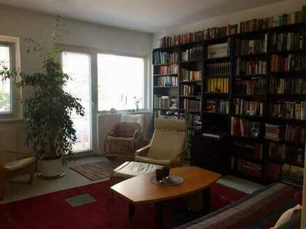 1.200 €, 62 m², 3 Room(s)