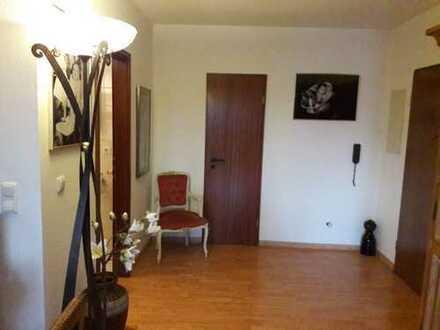 WG Zimmer frei in einer schönen Maisonette Wohnung von ca. 100qm