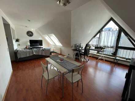 Dachgeschwohnung in der Koblenzer-City mit Aufzug