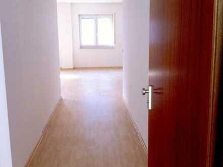 Helle 2,5-Zimmer-Wohnung im Herzen von Weissach !