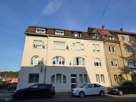 Stilvolle, gepflegte 5-Zimmer-Wohnung mit Einbauküche in Bad Cannstatt