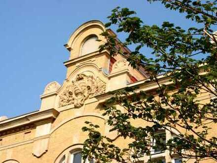 Traumhafte 4-Raum-Wohnung in Top Lage - Garten // Balkon // 2 Bäder // Kamin