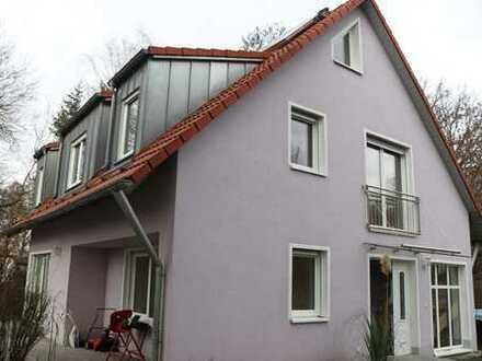 Schönes Haus mit sieben Zimmern in Fürth, Atzenhof / Burgfarrnbach