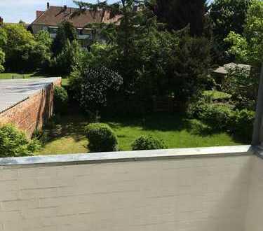 Helle 3-Zimmer-Wohnung mit Balkon und Einbauküche in Hildesheim
