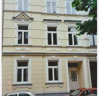 Klinikviertel: 72 m² Wohnung in einem kernsanierten Jugendstilhaus