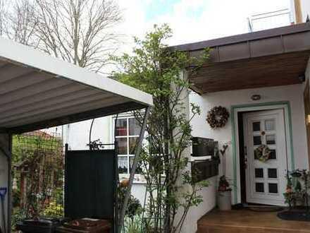 Kleine Wohnung mit Terrasse im Erdgeschoss
