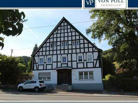 Außergewöhnliches 6-Familienhaus in Kirchveischede
