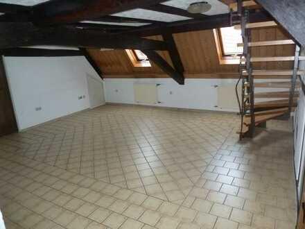 Komfortwohnung geräumige 4-Zimmer-Wohnung mit Sauna zur Miete in Steinau an der Straße
