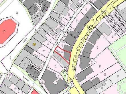 westimmobilien: Baugrundstück mit Altbestand im Ortskern von Wilster