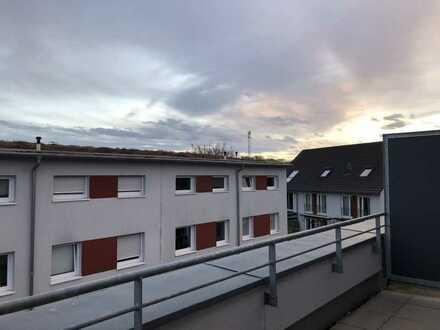 Modernes Reihenhaus 141 m² mit großer Dachterrasse n Karlsruhe-Hagsfeld, Lachenweg