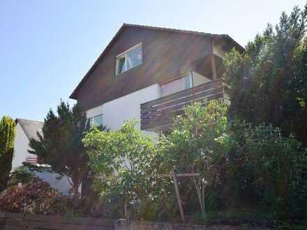 Großzügige 3-Zimmer-Wohnung mit Garagen-Stellplatz und Balkon in ruhiger Lage