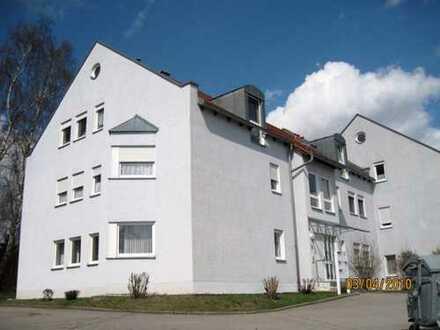 Modernisierte 1,5-Zimmer-Erdgeschosswohnung mit Terrasse in Nabburg