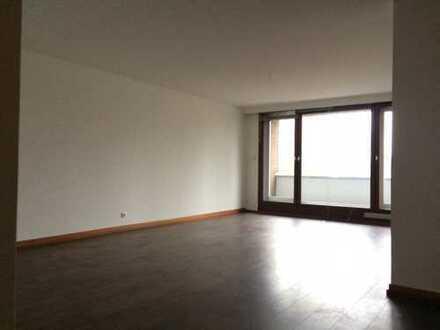 Schöne, geräumige drei Zimmer Wohnung in Dortmund, Innenstadt