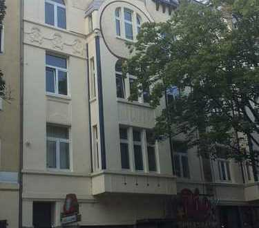 Exklusive, gepflegte 2,5-Zimmer-Wohnung mit Balkon und EBK in Altstadt & Neustadt-Nord, Köln
