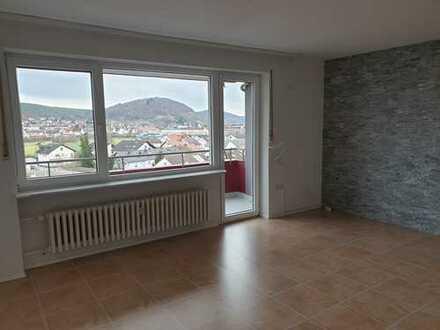 *Wunderschöne 3,5 Zimmer Eigentumswohnung in Erlenbach am Main*