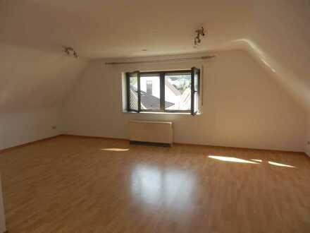 Sympathische und helle 3-ZKB-Wohnung in 69234 Dielheim, Hauptstraße