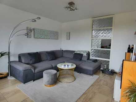 Jetzt schnell sein! Renovierte 3-Zimmer-Wohnung mit Loggia in zentraler Lage von Karlsruhe-Rüppurr!