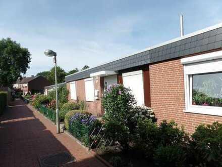 Wohnen auf einer Ebene - Bungalow mit schönem Garten und Garage