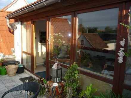 Sehr schöne und große 4-Raum-Wohnung mit Dachterrasse in Sömmerda