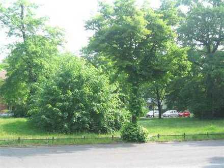 - Nähe Hönower Str./ Bezugsfreie Eigentumswohnung mit EBK, G-WC, Fußbodenheizung etc.