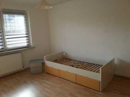 Möbliertes Zimmer neu renoviert direkt gegenüber der TU, Miete auch auf Zeit möglich