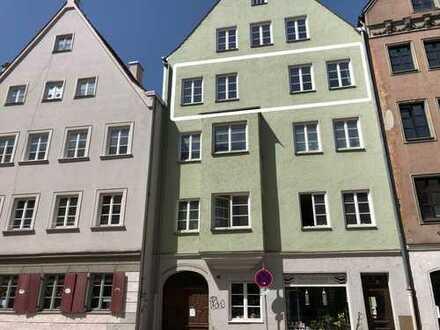 Helle 3-Zimmer-Altstadtwohnung in Baudenkmal mit EBK