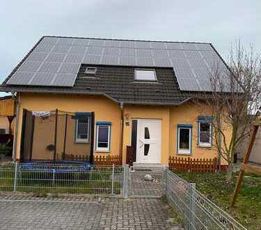 830 €, 90 m², 2,5 Zimmer 017632025048
