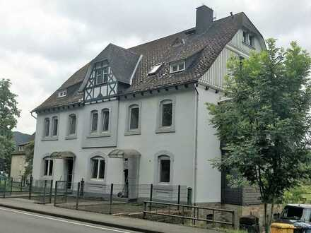 Helle 5-Zi.-Altbau-Maisonetten-Wohnung in Bad Laasphe