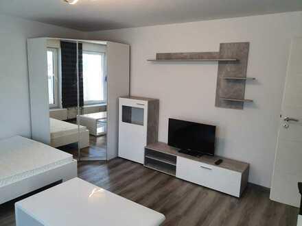 Möbelierte 1-Zimmer Wohnung mit großer Küche