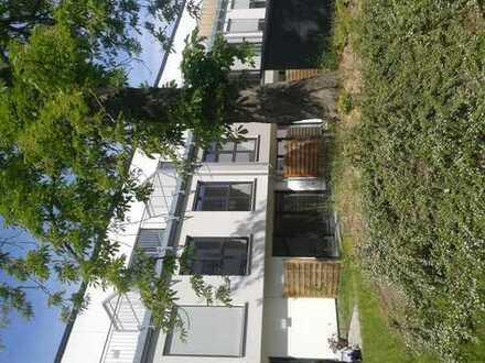 Stadthaus mit 150 qm + 14 qm Zi + Garten & Sonnenterrasse