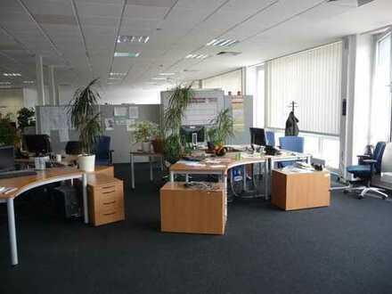 Cooles Großraumbüro - verkehrsgünstig und doch zentral!