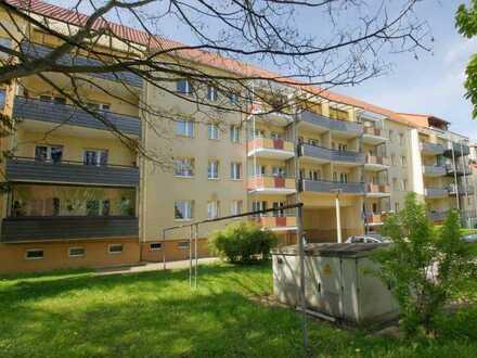 Jetzt mieten: Zweiraumwohnung mit Balkon in Zentrumsnaehe