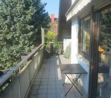!! Traitteur Immobilien - Hübsche DG Wohnung in Schriesheim !!