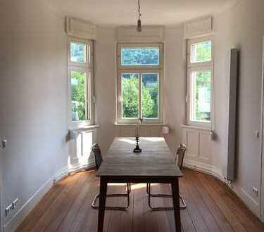 1.200 €, 100 m², 4 Zimmer