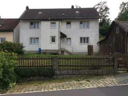 Geräumiges Haus mit acht Zimmern in Wunsiedel im Fichtelgebirge (Kreis), Arzberg