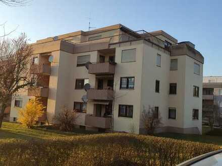 Wohnung mit zwei Zimmern sowie Balkon und Einbauküche in Möckmühl