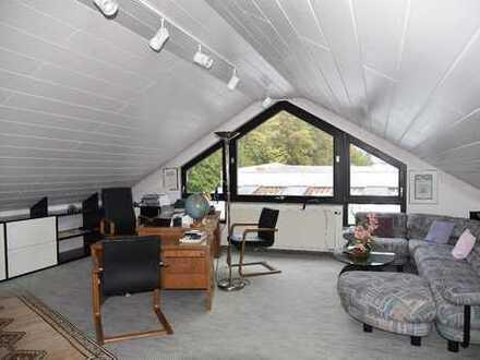 Langen - Schicke möblierte 2-Zimmer-Dachgeschosswohnung