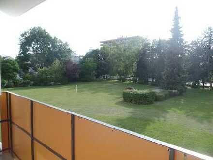 Gepflegte 3 ZKB Whg mit Balkon in Haunstetten