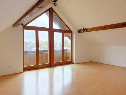 Exklusive, offene Dach-Studio-Wohnung mit Balkon, Südseite, S-2 Heimstetten, in kleinem Wohngebiet
