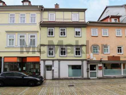 Schöne Aussichten: Attraktive 3-Zi.-Maisonette mit Dachterrasse inmitten der Altstadt von Meiningen