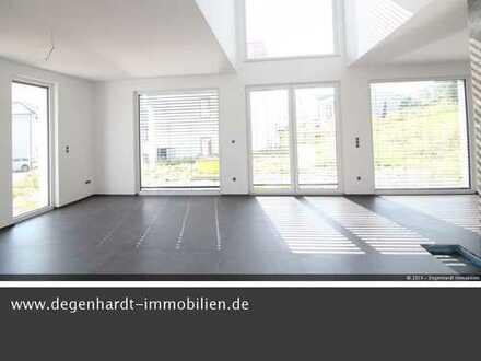 Neubau! Lichtdurchflutetes, modernes Wohnambiente mit großer Garage in Niedernhausen!