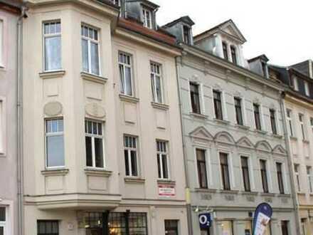 ! Top Lage einer 2 Zi.Whg. mit Dachterrasse am schönen Marktplatz von Borna, bei Leipzig !