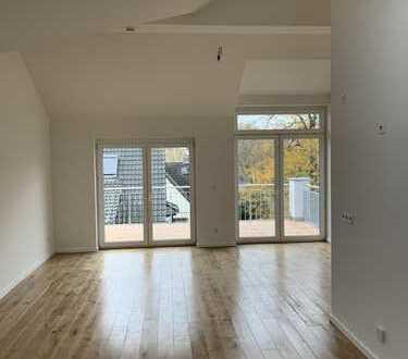 Erstbezug, 2 Zimmer-DG-Wohnung zu vermieten