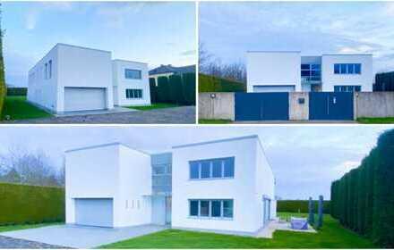Einzigartige möblierte Architekten Bauhaus Luxus Villa im Villenviertel von Alt-Meererbusch Büderich