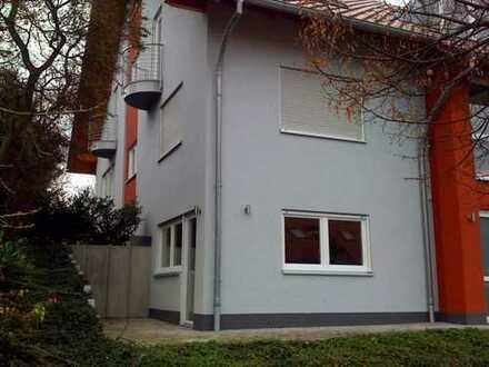 Freundliche 2-Zimmer-Wohnung mit Terasse und Einbauküche in Karlsruhe-Grötzingen