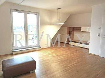 RE/MAX : Schicke Maisonette-Wohnung mit Balkon