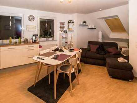 Gepflegte 3-Zimmer-Maisonette mit Loggia und EBK in Sachsenheim